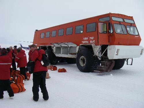 mcmurdo station chatrooms Mcmurdo scientific station (base) at mcmurdo sound, antarctica.