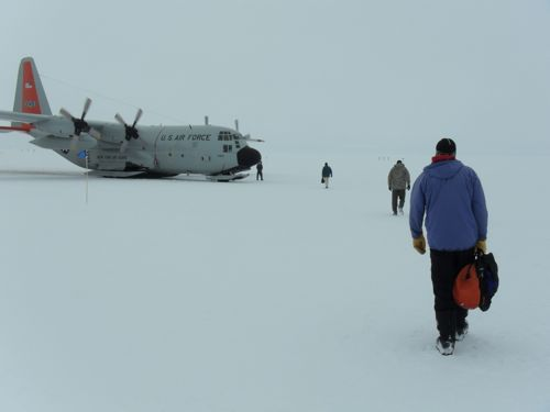 Leaving Summit Station on the last flight of the season.