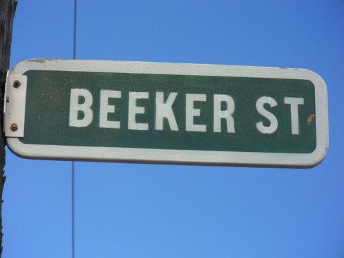 Beeker street sign.