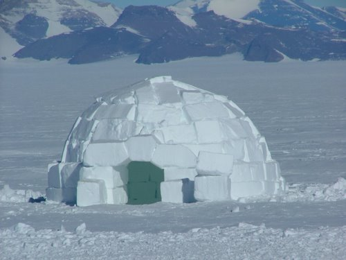 Igloos In The Arctic 9 January 2011 Snow Sh...
