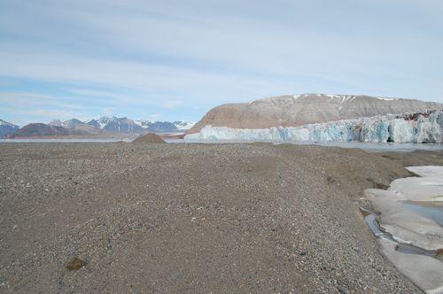 Glacial delta