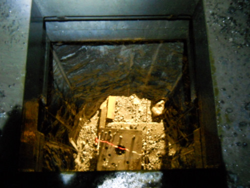 The vertical shaft completely exposed