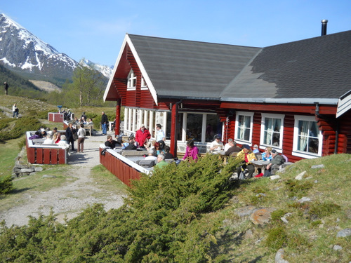 Tourist House at Engabreen
