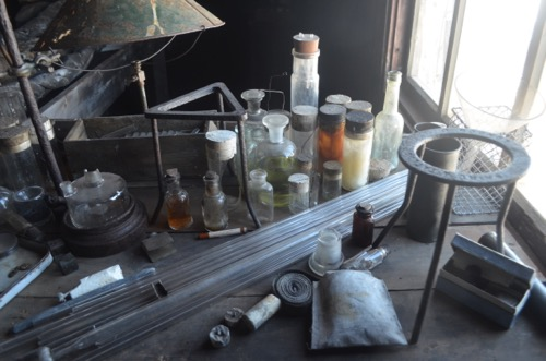 24 november 2015 samples and history at cape evans polartrec for Html table inside th