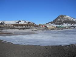 A view of McMurdo Station from Hut Point. Photo by Jacquelyn Hams.