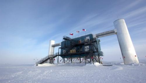 The IceCube South Pole Neutrino Observatory.  Credit: The IceCube Collaboration.