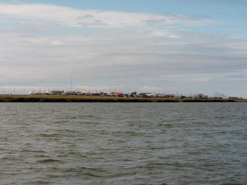 Kaktovik as seen from the east.  There is no snow fence on this side.