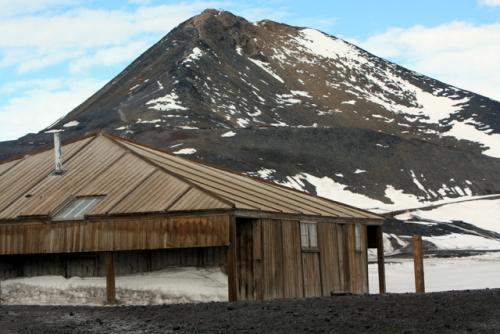 Scotts Hut with Observation Hill in the background