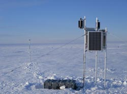 Seismic station on the ice