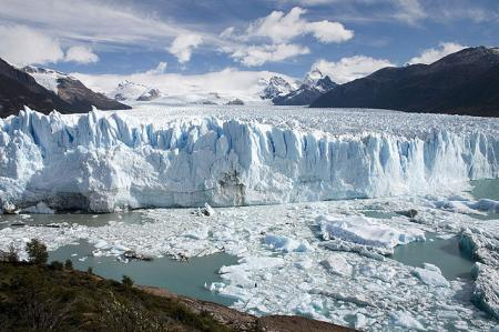 Glaciers and sea ice are NOT the same!