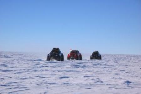 The Indian traverse arrives at South Pole.