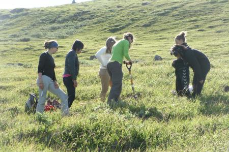 Students digging for Permafrost