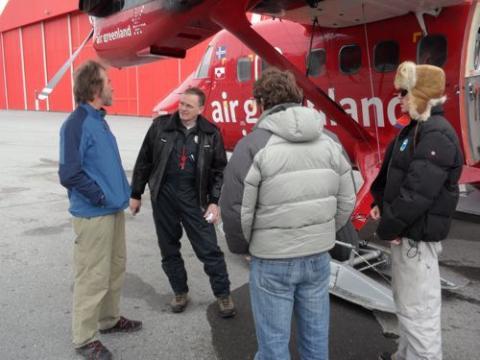 Loading the plane in Kangerlussuaq