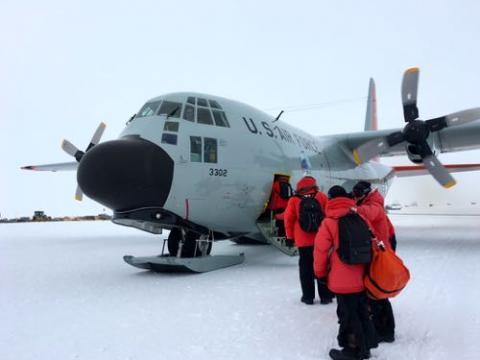 Boarding LC130