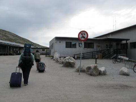 Taking bags to the Kangerlussuaq airport