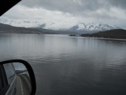 On the road to Glomsfjord