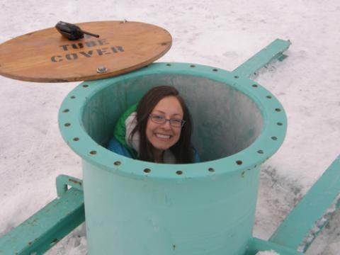 Steph in the Ob Tube
