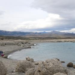 Lago Sarmiento beach