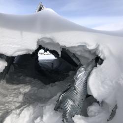 Disc golf fuel tunnel