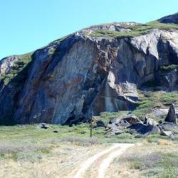 Dikes on Black Ridge